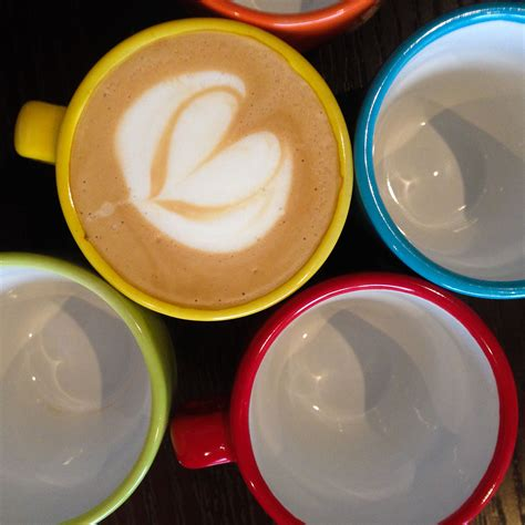 Ideal for parties, bake sales and afternoon tea. Piccolo latte love! (With images)   Latte art, Coffee art, Latte