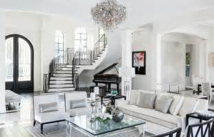 Grey And White Living Rooms Image