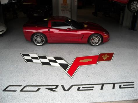 Custom Garage floor   Corvette Emblem   Houston   by LEVI