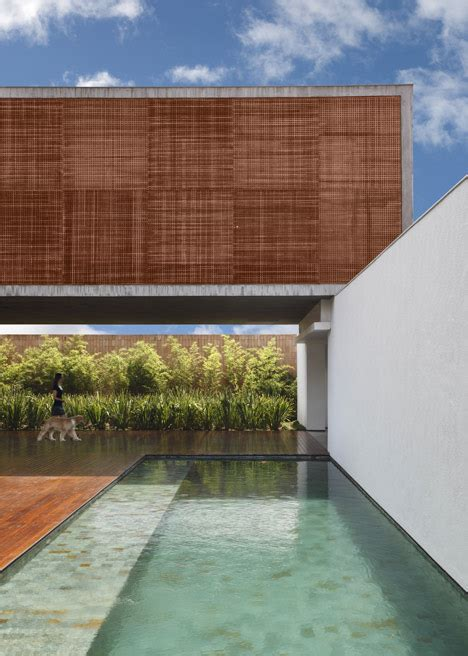 House By Studio Guilherme Torres by Bt House By Studio Guilherme Torres