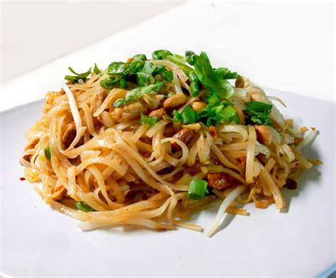pad thai noodles pad thai the partial ingredients