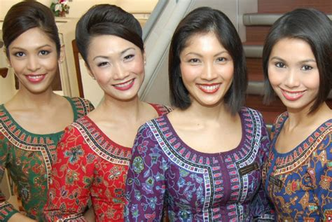 So You Want To Be An  Ee  Air Ee   Stewardess At Singapore Airlines Mitsueki  E  A Singapore Lifestyle