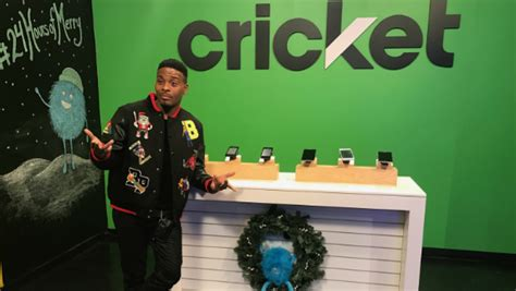cricket wireless celebrates  holidays