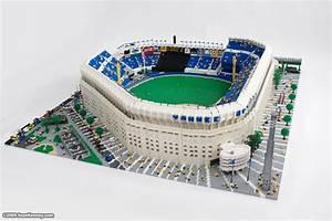 Sean Kenney - Art with LEGO bricks : Yankee Stadium