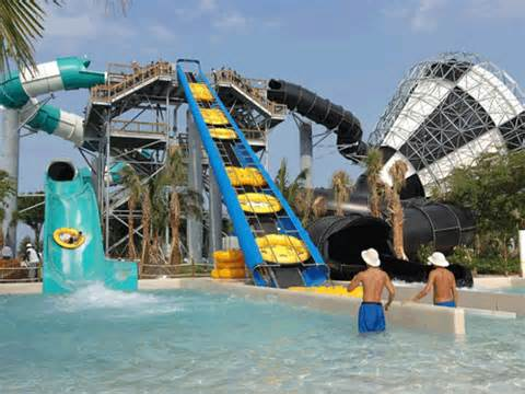 Rapids Water Park Attraction
