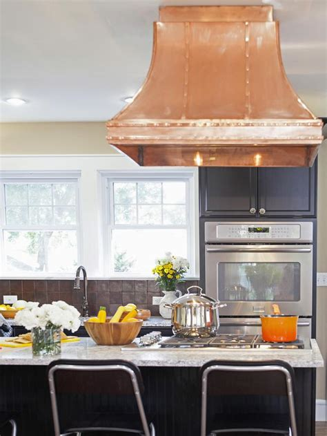 showroom kitchen cabinets for black kitchen cabinets with copper range hgtv 7934
