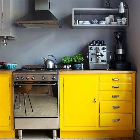 meuble cuisine jaune emejing meuble de cuisine jaune gallery amazing house