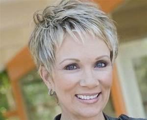 Coupe Cheveux Gris Femme 60 Ans : coupe courte femme cheveux gris ~ Voncanada.com Idées de Décoration