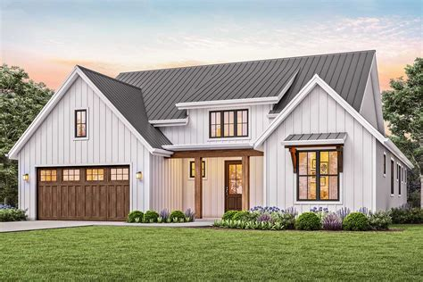 3-bed New American House Plan With Vaulted Great Room