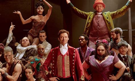 MovieNews   Watch: 'The Greatest Showman' cast performed a ...