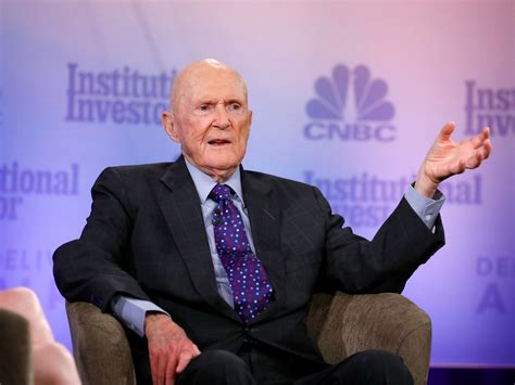 Hedge Fund Legend Julian Robertson Says Apple Is 'not That