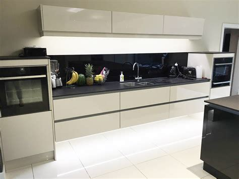 Sleek Solutions With Sigma Kitchens-the Bay Magazine