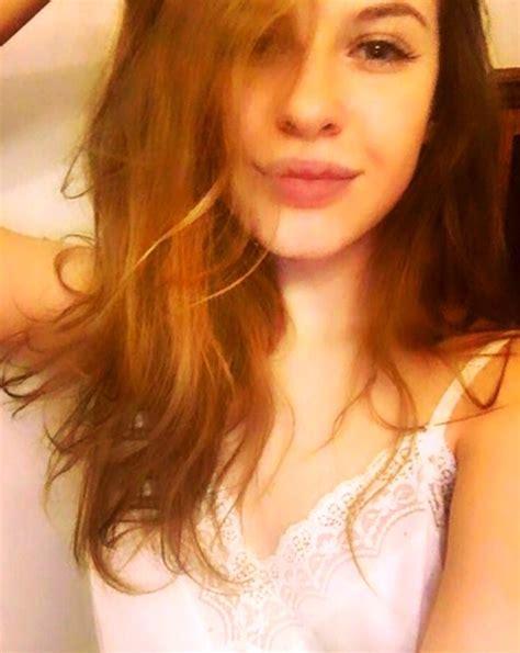 Esta Chica De 20 Años Subasta Su Virginidad En Internet