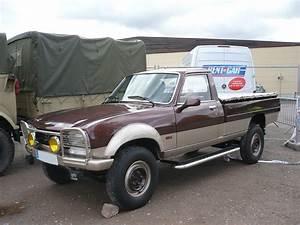 504 Peugeot Pick Up : peugeot 504 pick up dangel 4x4 soultzmatt 1 photo de 067 22e bourse d 39 change de ~ Medecine-chirurgie-esthetiques.com Avis de Voitures