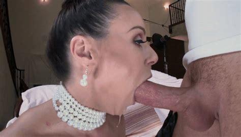 Kendra Lust Imitates Kim Kardashian 07 Openwilde