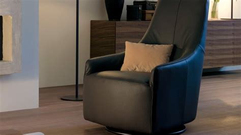 fauteuils en cuir bois ou tissu chateau d ax