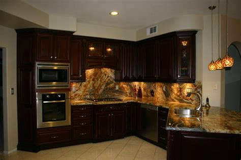 custom kitchen lighting highlight your custom kitchen cabinets with lighting 3063