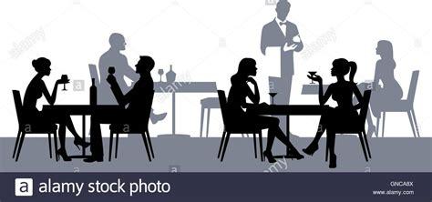 Silhouette Persone Sedute Sagome Di Persone Sedute Al Tavolo Nel Ristorante O Bar