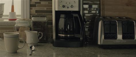 Cleaning a coffee maker without vinegar is definitely possible. My Keurig Has All Lights Flashing   Decoratingspecial.com