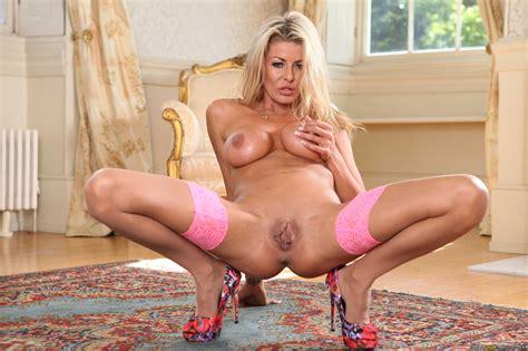 slim blonde woman seduced her step son photos tia layne danny d milf fox