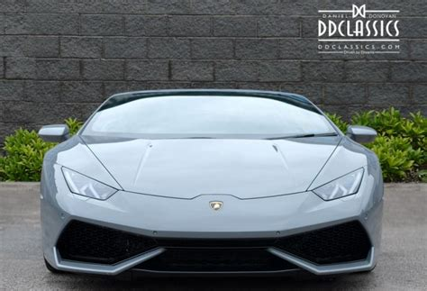 lamborghini huracan lp  spyder car  uk