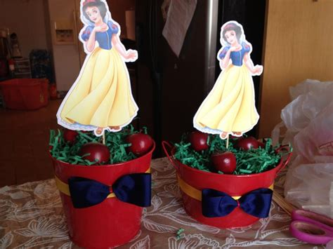 snow white centerpieces snow white birthday party centerpiece craft pinterest