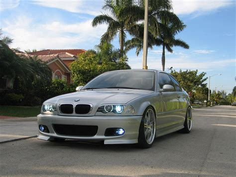 Review Photo And Video Review Of Bmw 323i 2003