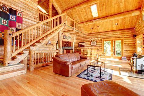33 Stunning Log Home Designs (photographs