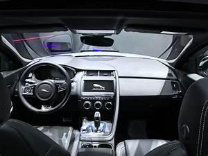 Nouveau 4x4 Jaguar : salon de francfort 2017 jaguar e pace petit f lin crapahuteur ~ Gottalentnigeria.com Avis de Voitures