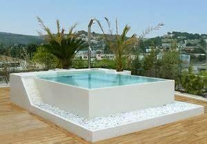 tout sur les piscines hors sol With construction piscine hors sol en beton 5 piscine enterree hors sol hors sol bois quel type de