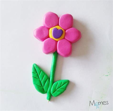 fabriquer un bureau une fleur en fimo momes