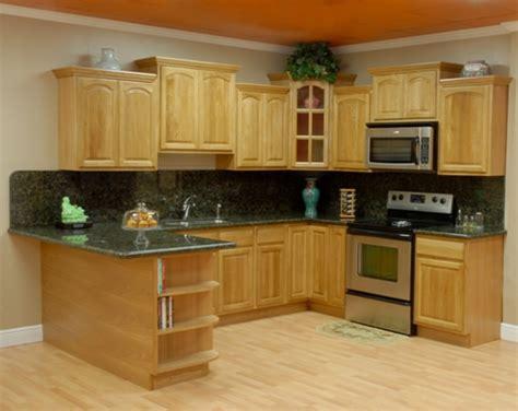 oak and black kitchen cabinets oak kitchen cabinets with granite countertops