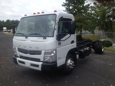 mitsubishi trucks 2016 2016 mitsubishi fuso fe160 triad freightliner