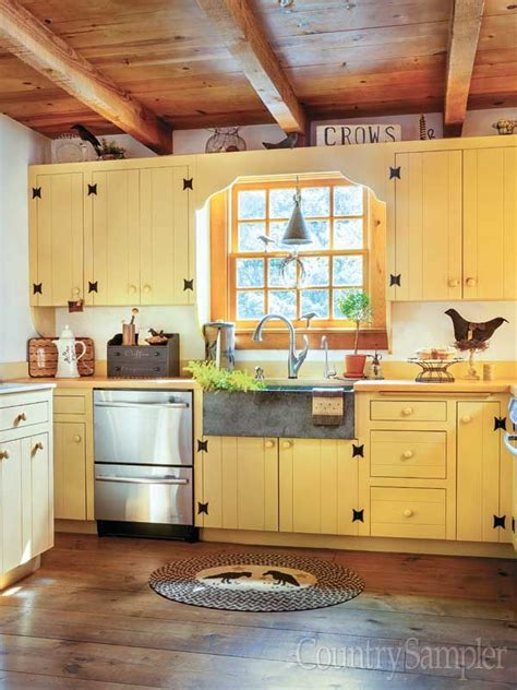 best yellow paint colors for kitchen 390 best images about country sler magazine on 9261