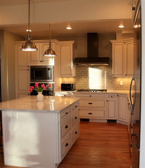 White Classic Kitchen Design  Traditional  Kitchen