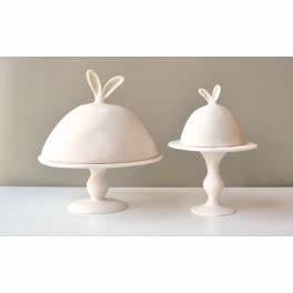 Plat A Gateau Avec Cloche : plat g teau sur pied avec cloche tina frey designs ~ Teatrodelosmanantiales.com Idées de Décoration