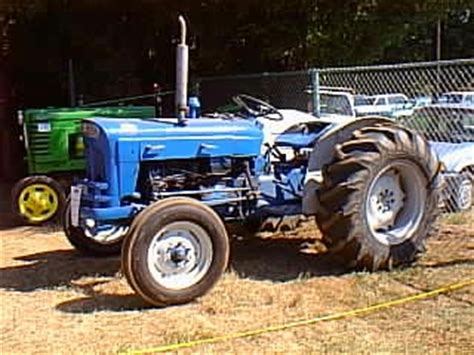 yesterdays tractors photo gallery