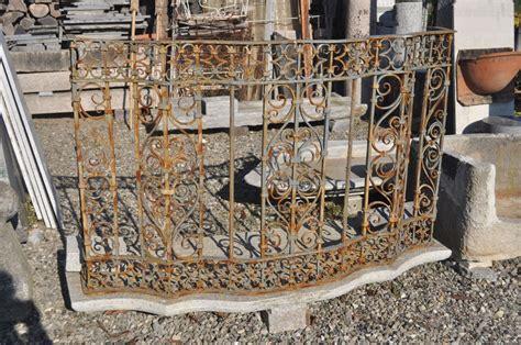 ringhiera di ferro balcone con ringhiera in ferro antiquariato su anticoantico