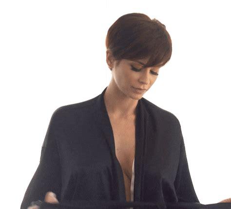 Brunette Reveal Bare Medium Sized Boobies Sexual  18072019 012952