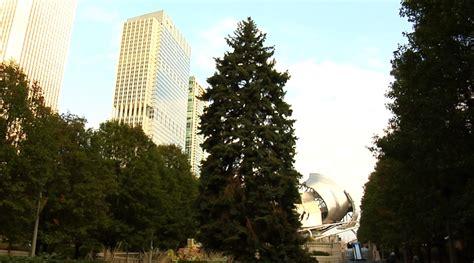 millennium park christmas lights chicago kicks off holiday season with the millennium park