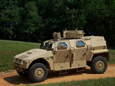 humvee replacement us army tests humvee replacement pickups tundra