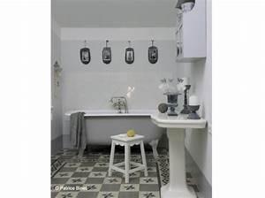 Salle De Bain Idée Déco : deco salle de bain gris et blanc ~ Dailycaller-alerts.com Idées de Décoration