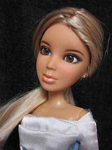 Never Grow Up: A Mom's Guide to Dolls and More: Liv Doll ...  Barbie