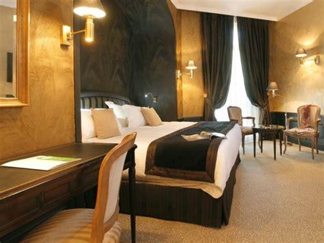 hotel a nimes avec dans la chambre déco le style de décoration