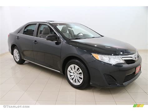 2014 Toyota Camry Colors by 2014 Cosmic Gray Metallic Toyota Camry Le 112721856