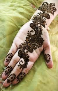 Modern and Latest Arabic Mehndi Design - Top Pakistan