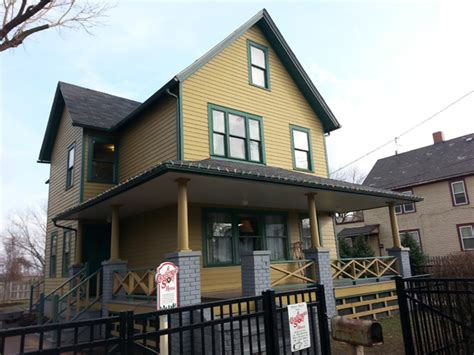 A Visit To A Christmas Story House And Museum