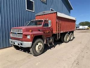 1989 Ford Ft900 18 Ft Farm    Grain Truck
