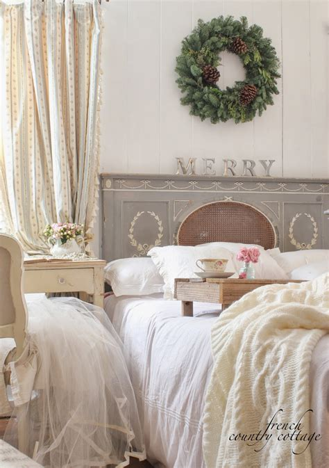 Country Bedroom Decorating Ideas Pictures by Feathered Nest Friday Country Cottage