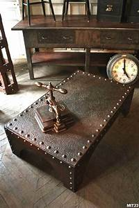 Table basse industrielle holz steampunk pinterest for Deco steampunk conseils astuces table industrielle steampunk